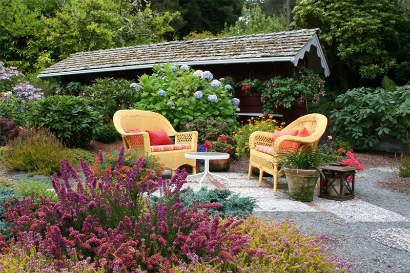 Casual Patio Northern California Landscaping Genevieve Schmidt Landscape Design and Fine Maintenance Arcata, CA