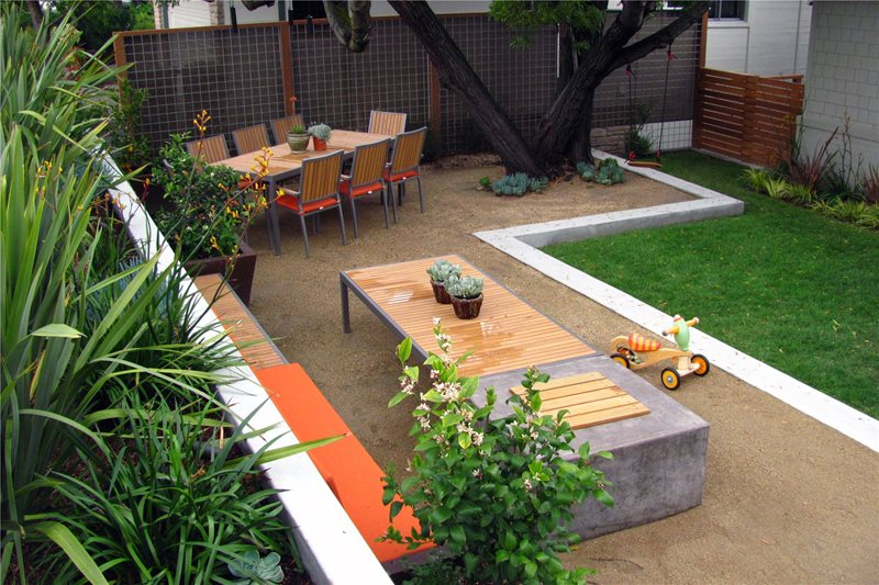 Secluded Front Yard Area Northern California Landscaping Shades of Green Landscape Architecture Sausalito, CA