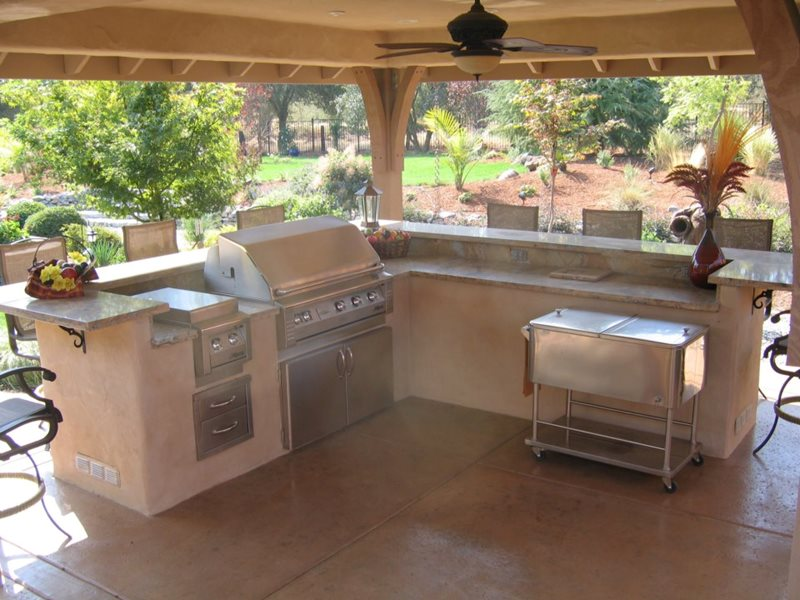 Split Level Outdoor Kitchen Northern California Landscaping Simple Elegance Rocklin, CA