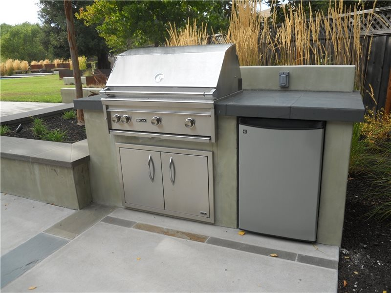 Stainless Steel Grill, Outdoor Refrigerator Outdoor Kitchen Huettl Landscape Architecture Walnut Creek, CA