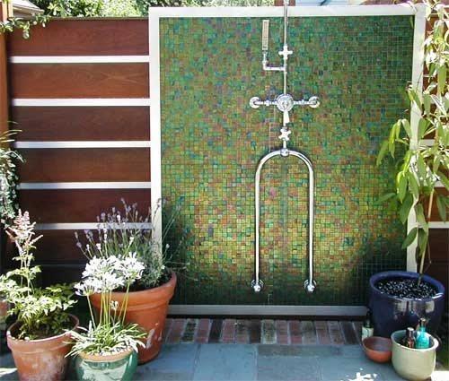Camping Bathroom Ideas: Outdoor Showers