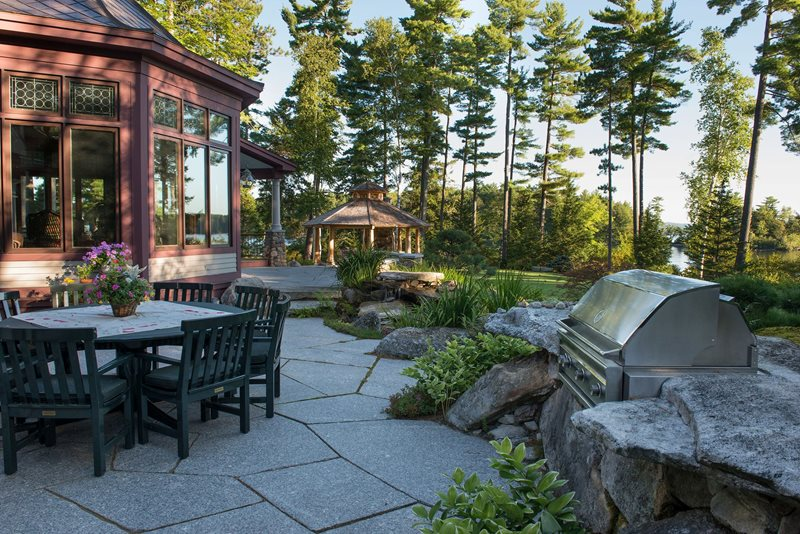 Cut Granite, Waterfront Patio Patio Pellettieri Associates Warner, NH