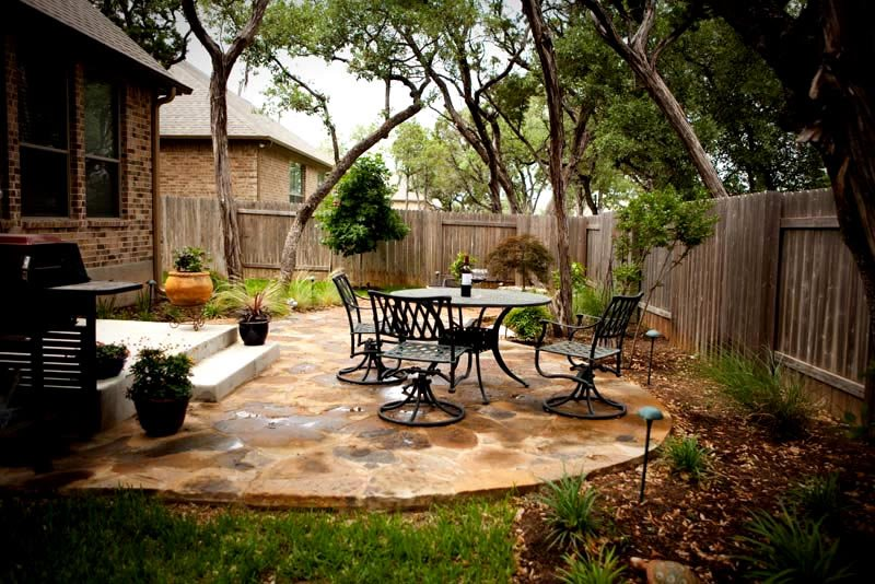 flagstone patio small backyard patio greenscapes landscaping and pools austin tx - Backyard Patio Design Ideas