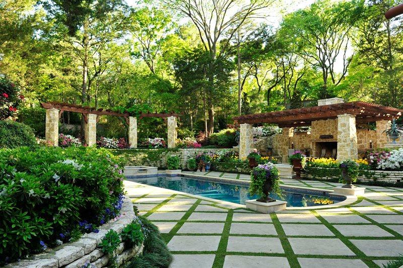 Pool Deck Grass Diamond Pattern, Stone Pergola Columns Pergola and Patio Cover Harold Leidner Landscape Architects Carrollton, TX