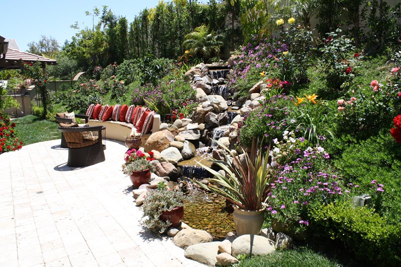 Pond and waterfall chatsworth ca photo gallery for Hillside rock garden designs