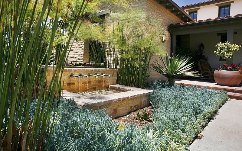 Pond and waterfall valencia ca photo gallery for Koi pond zoning
