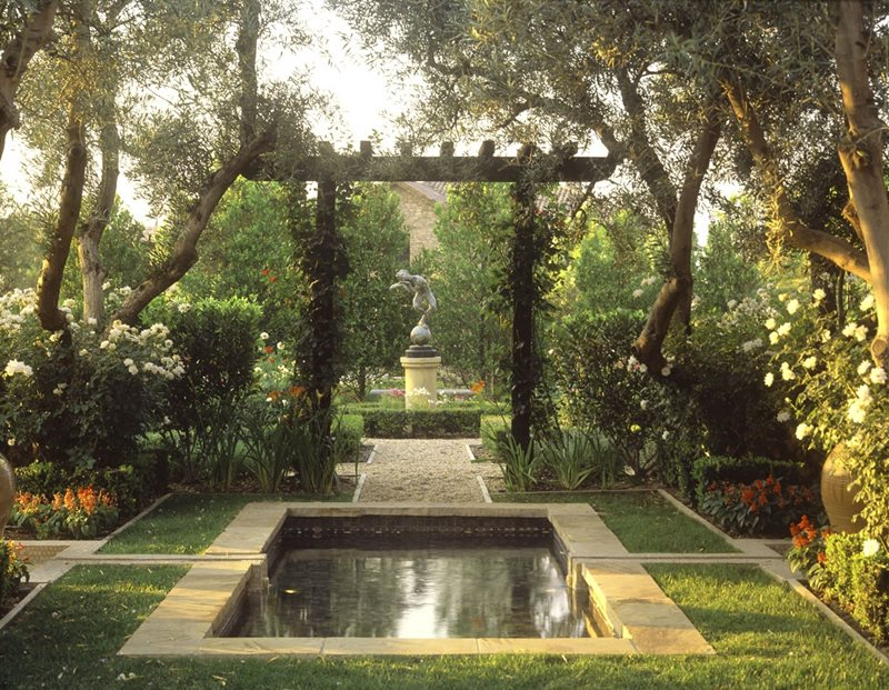 Pond Pond and Waterfall Studio H Landscape Architecture Newport Beach, CA