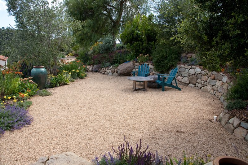 Dry Stack Retaining Wall Retaining and Landscape Wall Grace Design Associates Santa Barbara, CA