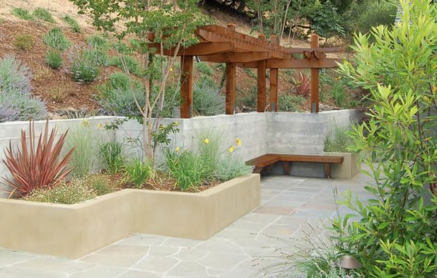 Zig Zag, Retaining Walls, Planter, Concrete, Stucco, Pergola Retaining and Landscape Wall Huettl Landscape Architecture Walnut Creek, CA
