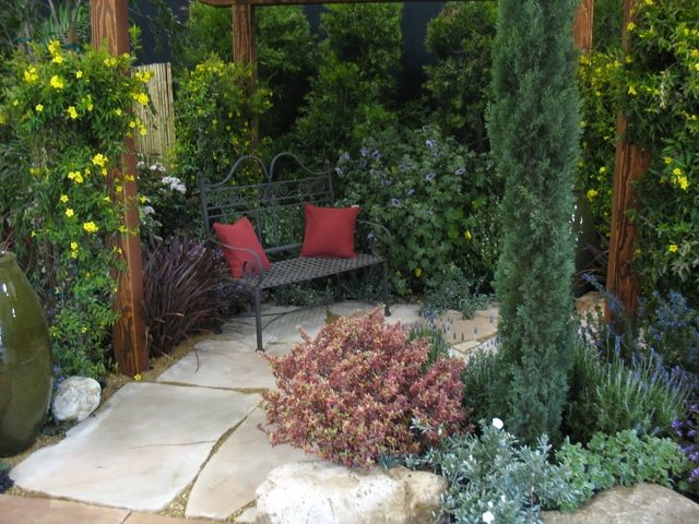 Retreat Garden, Garden Bench Seating Area Designs by Shellene San Diego, CA