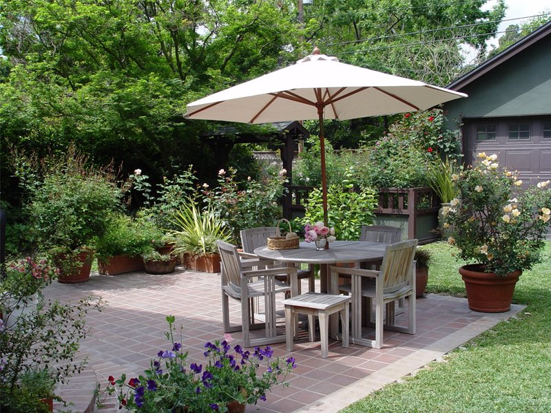 Simple Patio, Square Patio Small Yard Landscaping Maureen Gilmer Morongo Valley, CA