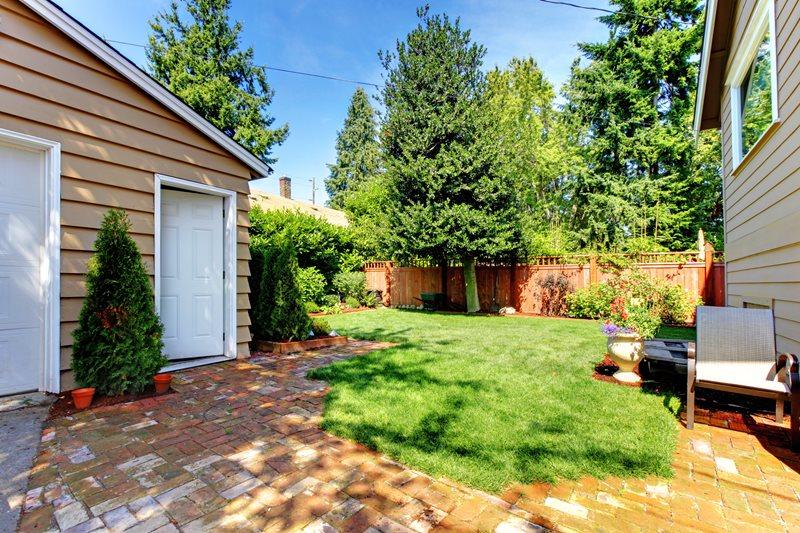 Small Backyard Lawn Small Yard Landscaping Landscaping Network Calimesa, CA