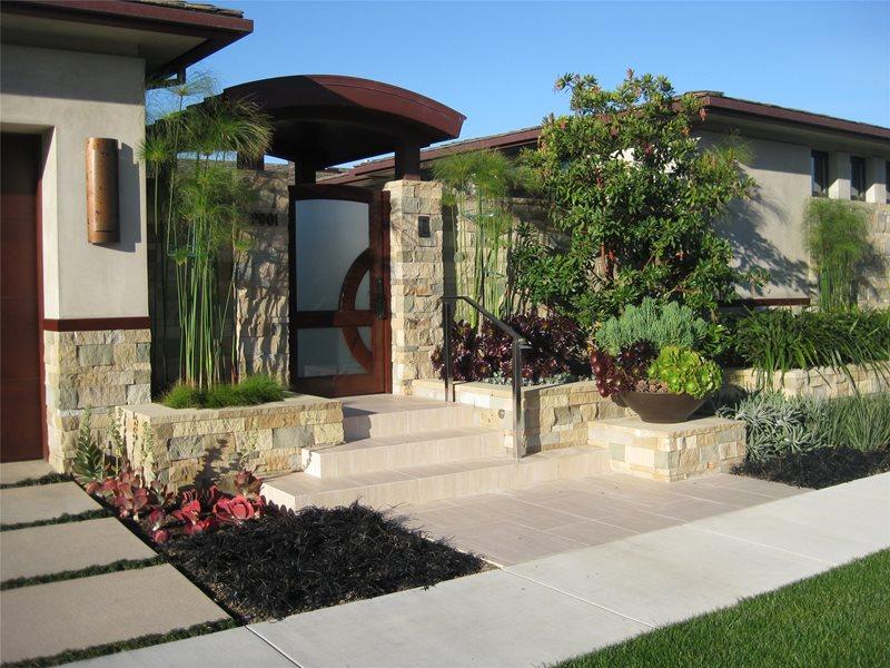 Custom Entry Gate Southern California Landscaping David A. Pedersen Landscape Architect Newport Beach, CA