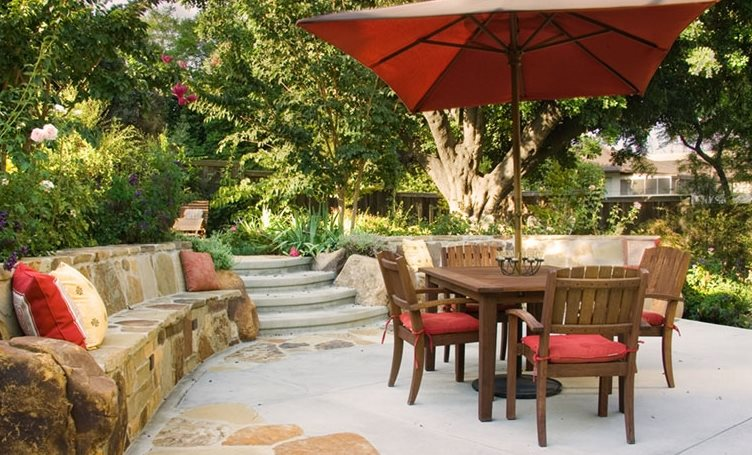 Stone Seat Wall, Dining Patio Southern California Landscaping Terry Design Inc Fullerton, CA
