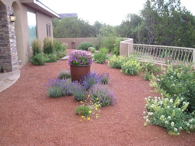 Gravel Mulch, Xeriscape Southwestern Landscaping Red Twig Studio Albuquerque, NM