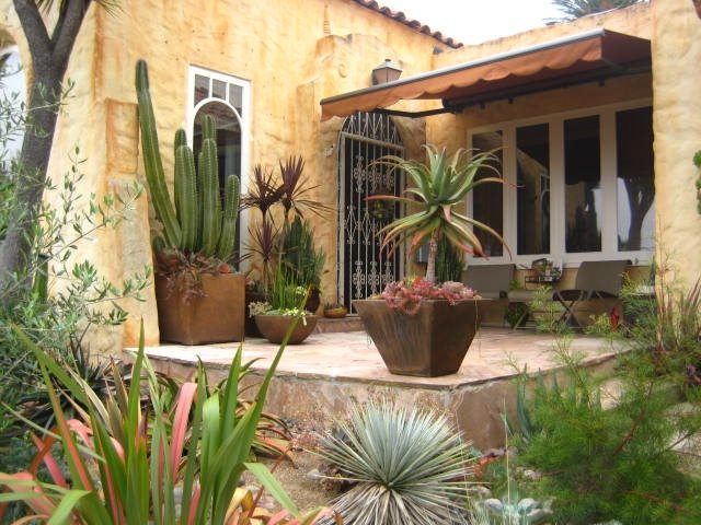 Nice Patio With Southwest Look Southwestern Landscaping Landscaping Network Calimesa, CA