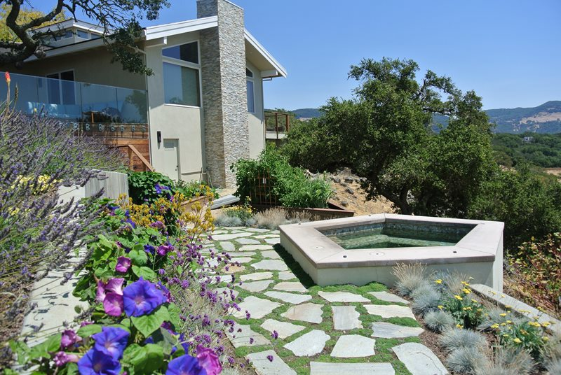 Hillside Spa, Pentagon Spa Spas Shades of Green Landscape Architecture Sausalito, CA