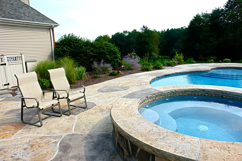 Round Spa, Raised Spa Spas Lehigh Lawn & Landscaping Poughkeepsie, NY
