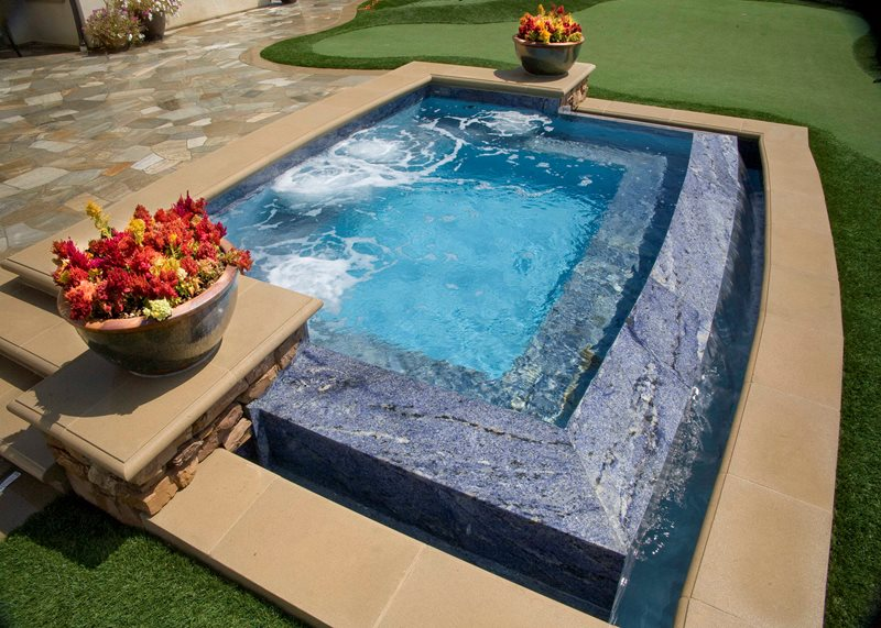 Zero Edge Spa, Vanishing Edge Spa Spas Alderete Pools Inc. San Clemente, CA