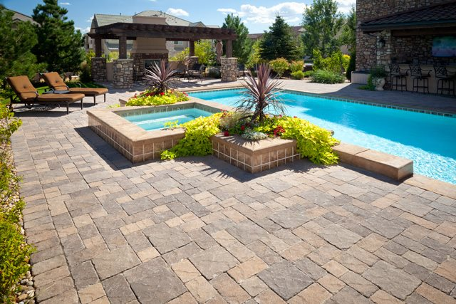 Paver Swimming Pool Deck, Raised Spa Swimming Pool American Design & Landscape Parker, CO