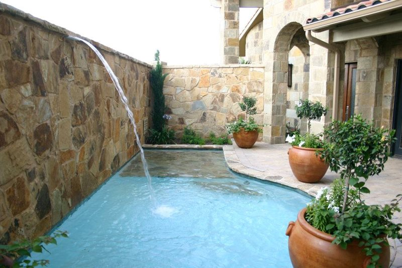 Swimming pool austin tx photo gallery landscaping for Pool design austin