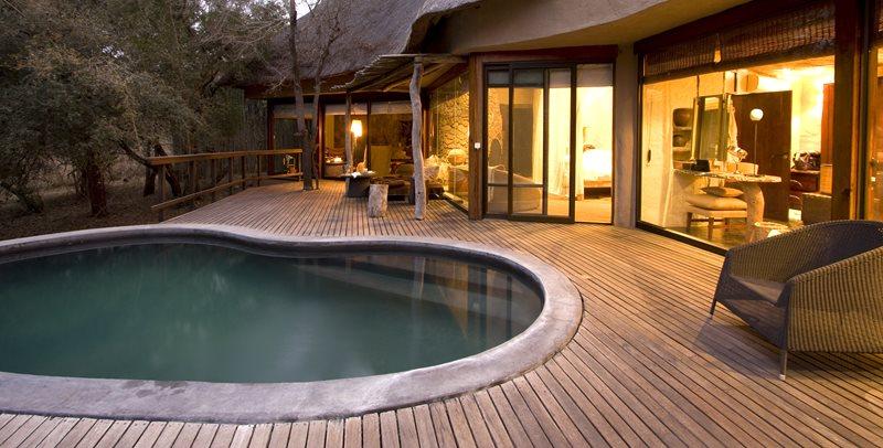 Swimming Pool Deck, Kidney Pool Swimming Pool Landscaping Network Calimesa, CA