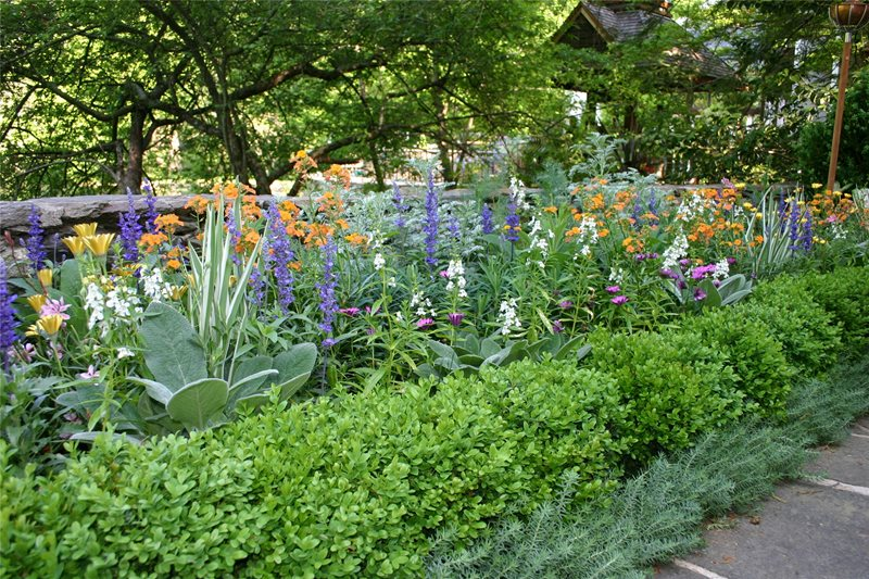 Tiered planting atlanta ga photo gallery for Home garden design atlanta