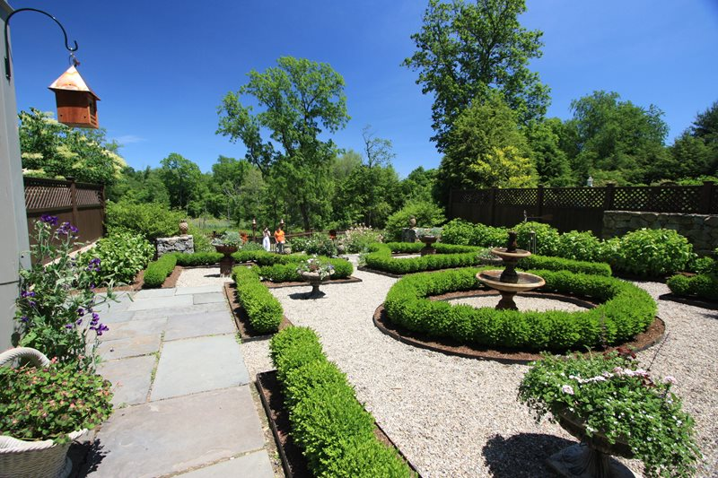 Boxwoods, Garden, Hedges, Fountain Traditional Landscaping Fairfield House & Garden Co. Greenwich, CT