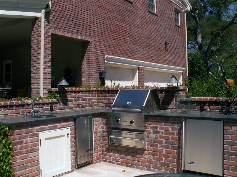 Brick Grill, Outdoor Refrigerator Traditional Landscaping Grace Design Associates Santa Barbara, CA