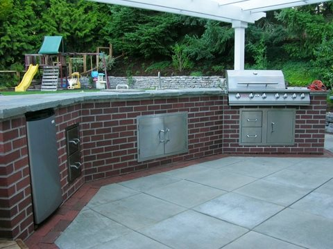 Brick Outdoor Kitchen, Outdoor Kitchen Island Traditional Landscaping Creative Garden Spaces West Linn, OR