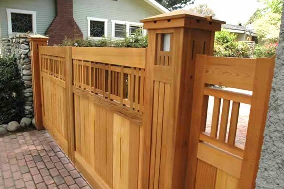 Craftsman Gate Traditional Landscaping Charles Prowell Woodworks Sebastopol, CA
