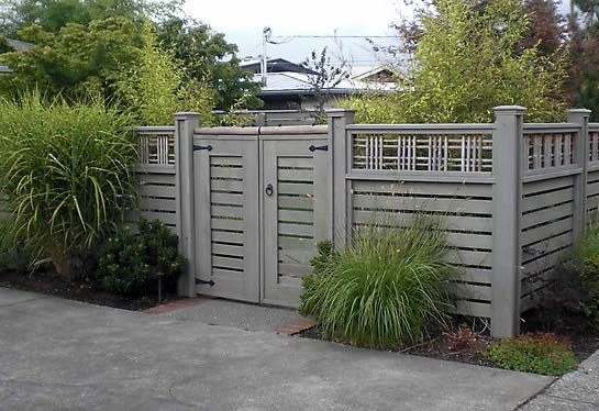 Lattice Top Fence Traditional Landscaping Devonshire Landscapes Seattle, WA