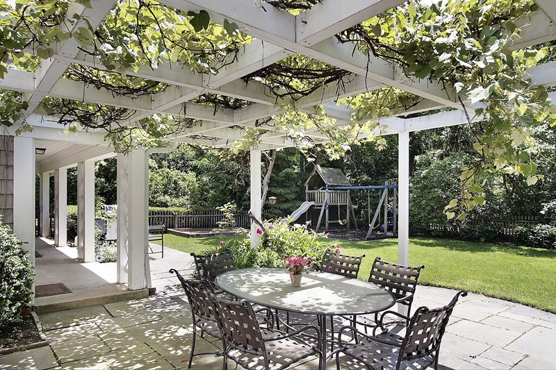 Pergola Vines Traditional Landscaping Landscaping Network Calimesa, CA