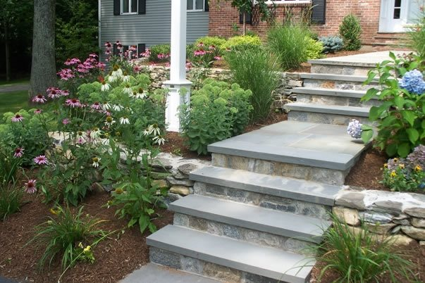 Walkway, Steps Traditional Landscaping Brookside Landscape Contractors Chesire, CT