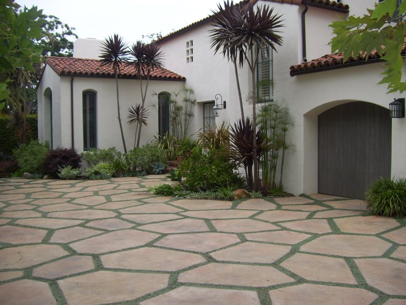 Tropical Landscape Plants Tropical Landscaping Down to Earth Landscapes Santa Barbara, CA