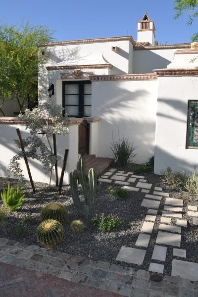 Outdoor Walkway, Walkway Ideas Walkway and Path Exteriors by Chad Robert, Inc. Phoenix, AZ