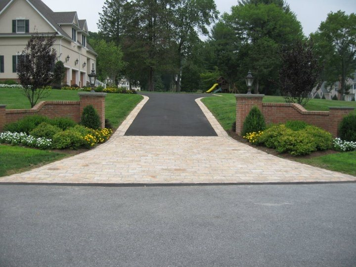 Average driveway paving costs landscaping network for New driveway ideas