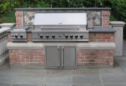 Brick barbeque veneer landscaping network for Outdoor kitchen brick design