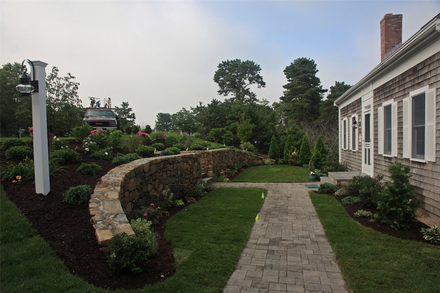 front retaining wall retaining and landscape wall elaine m johnson landscape design centerville ma - Design Retaining Wall