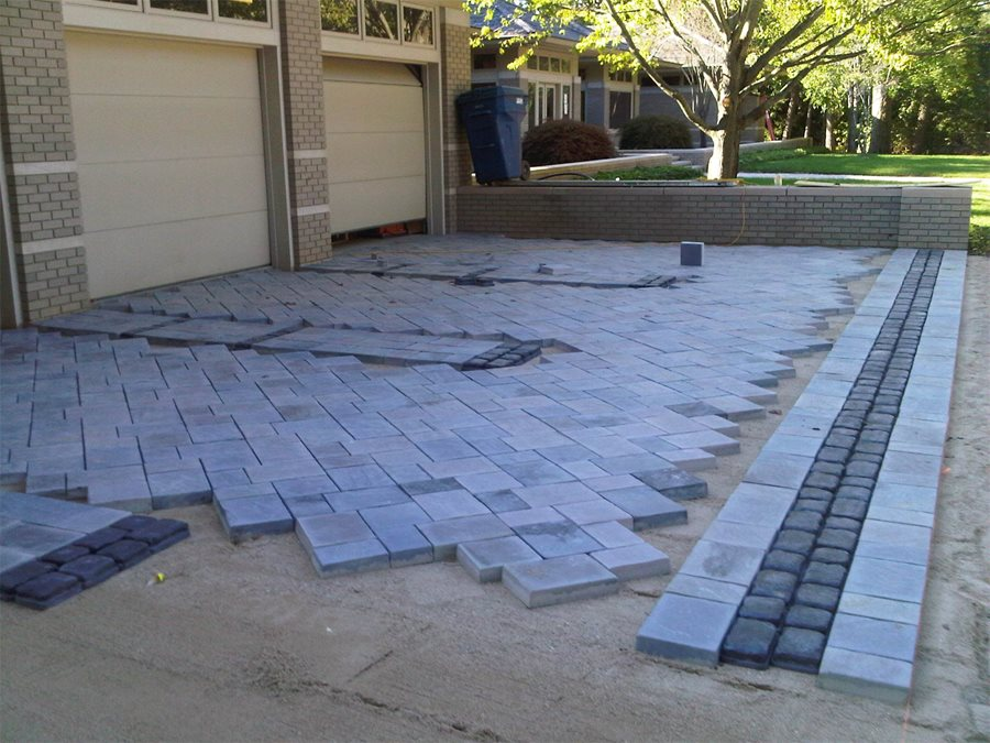 Paver installation landscaping network Base for concrete driveway