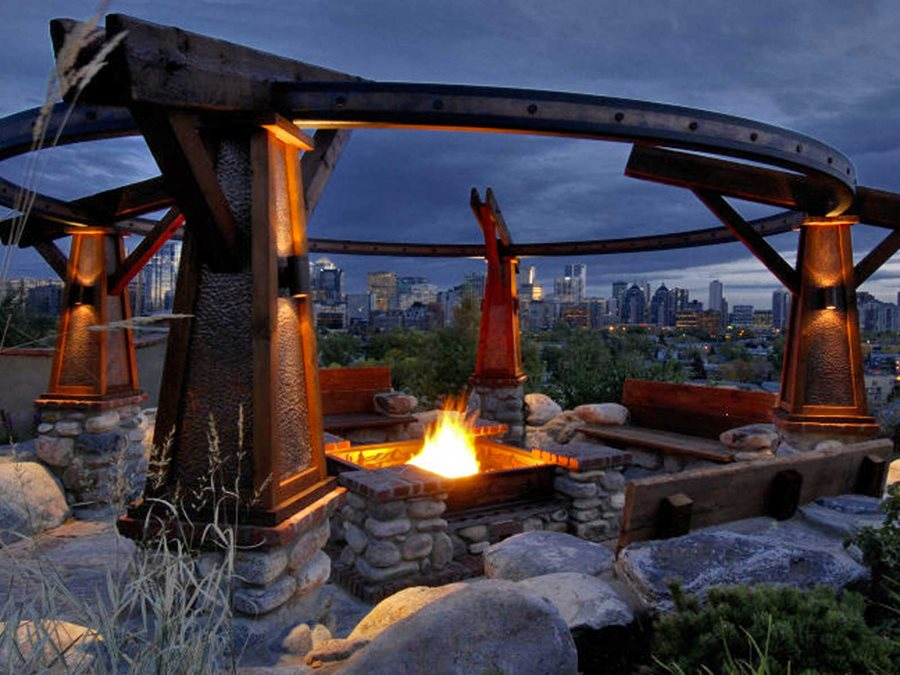 Calgary Garden Offers Dramatic Views - Landscaping Network