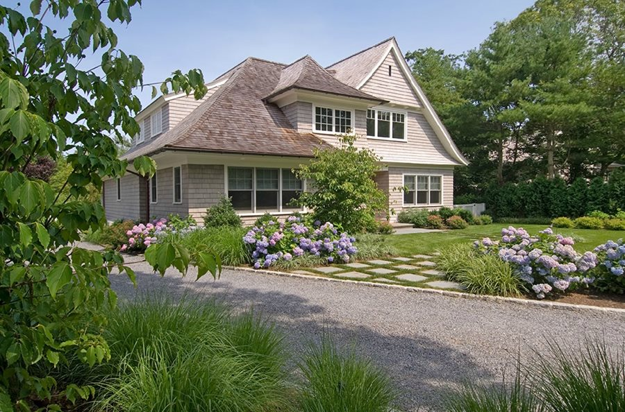 Front Yard Landscaping With Hydrangeas Barry Block Landscape Design U0026  Contracting East Moriches, NY