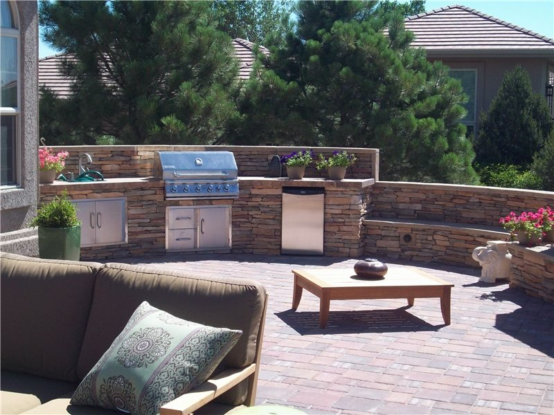 Terraced Backyard Design With Radius Walls Landscaping