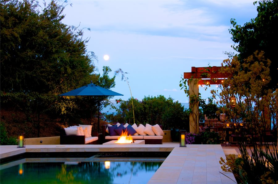 Outdoor Living Space On A Budget