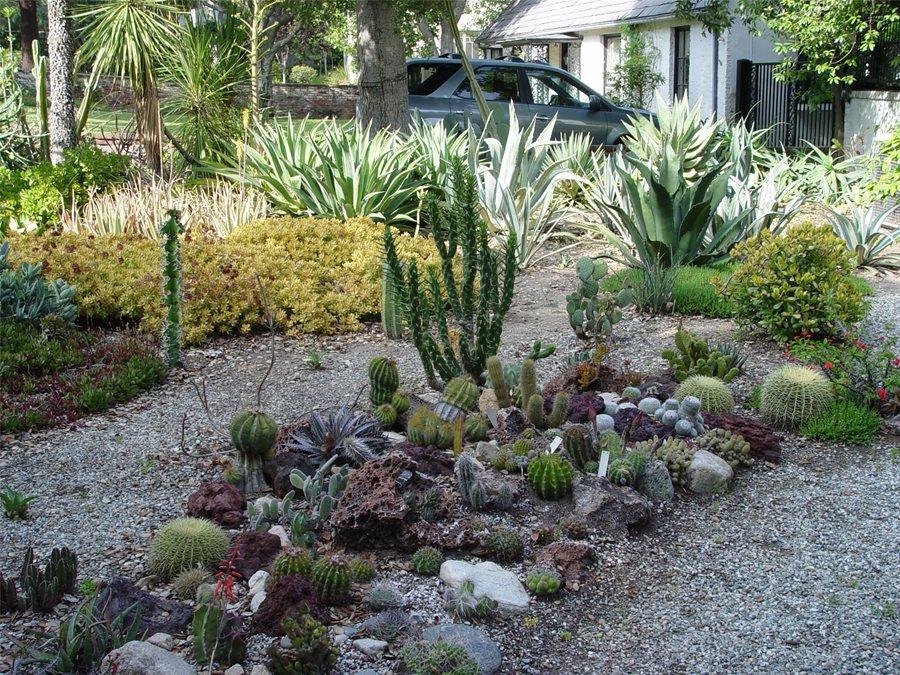 Landscape Berms & Mounds - Landscaping Network