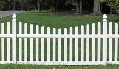Scalloped Picket Fence Certainteed