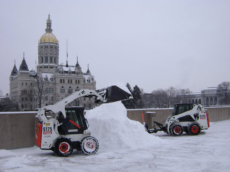 Residential Snow Plowing Landscaping Network