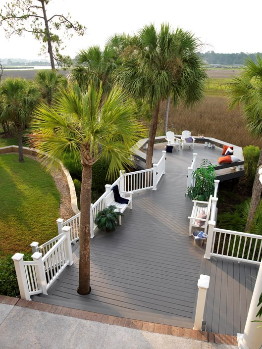 deck railing ideas landscaping network. Black Bedroom Furniture Sets. Home Design Ideas