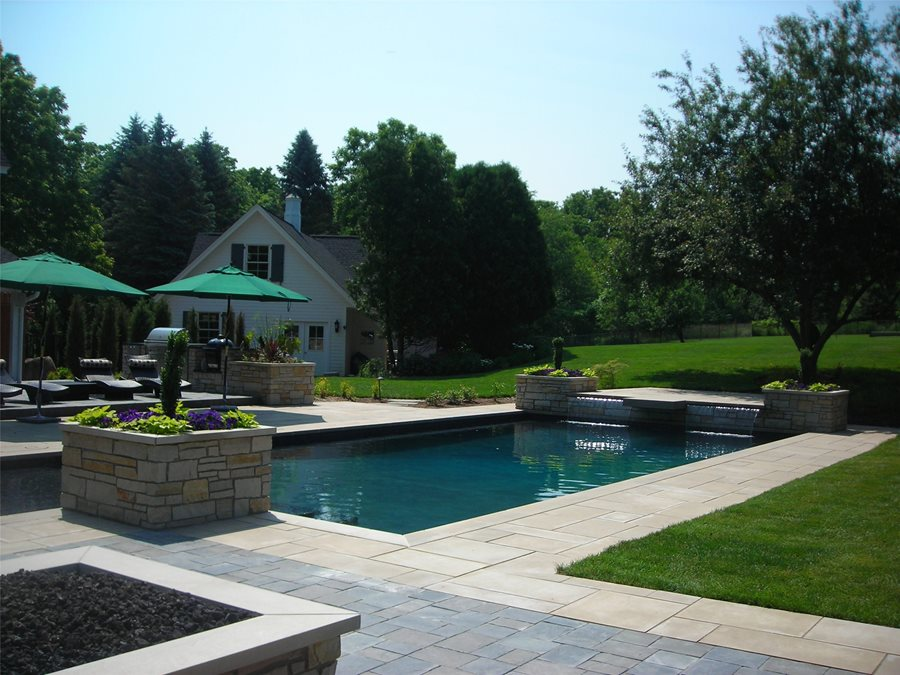 Swimming pool design ideas landscaping network for Pool landscaping pictures
