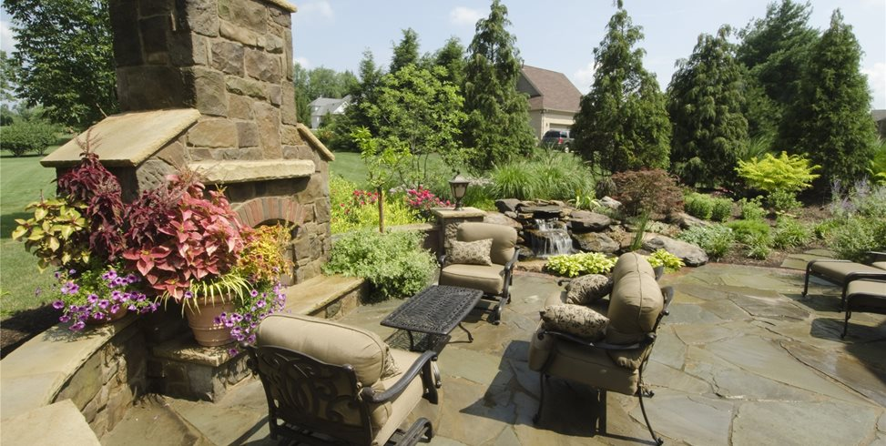 Backyard Landscaping Riceu0027s Nursery U0026 Landscaping North Canton, ...